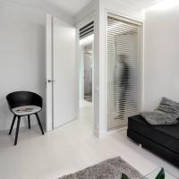 Beapvadinės durys ir vitrina